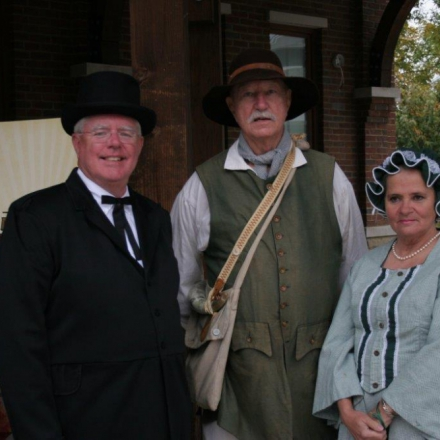 Promise Land Tour - Locals in Period Costumes